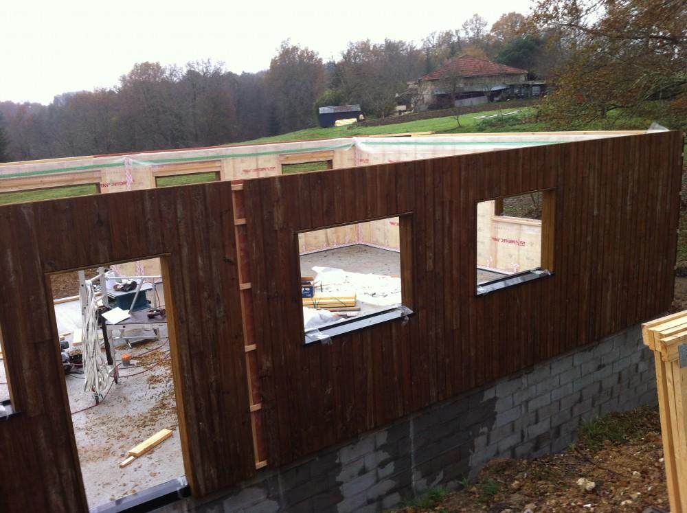 Chantier maison perigord maisons bois constructeur de for Constructeur maison individuelle 24000