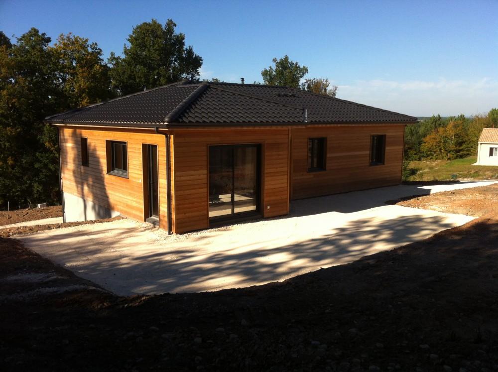 belle maison bois, perigord maisons bois, rt 2012 et BBC, bardage bois