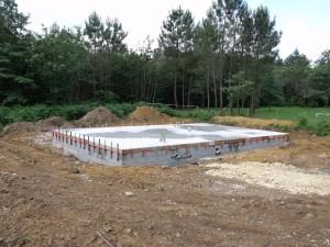 Dalle chantier maison bois La Chapelle Gonaguet