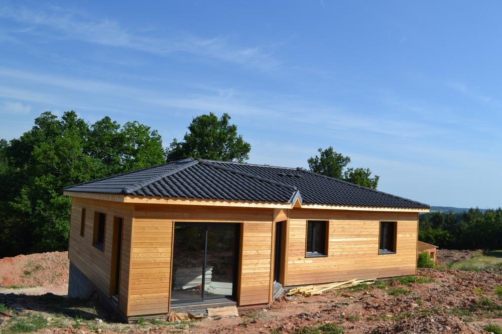 Cheap maisons bois pas chre prigord bbc rt conomique for Maison rt 2012 pas cher