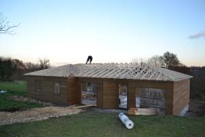 Pose charpente bois chantier maison bois Saint Laurent sur Manoire