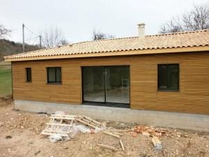 Pose couverture bois chantier maison bois Saint Laurent sur Manoire