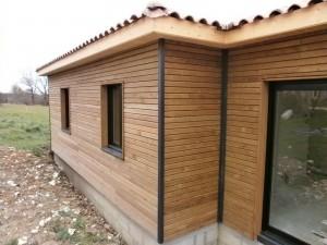 Pose menuiseries bois chantier maison bois Saint Laurent sur Manoire