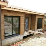 Pose menuiseries bois chantier maison bois Saint Laurent sur Manoire